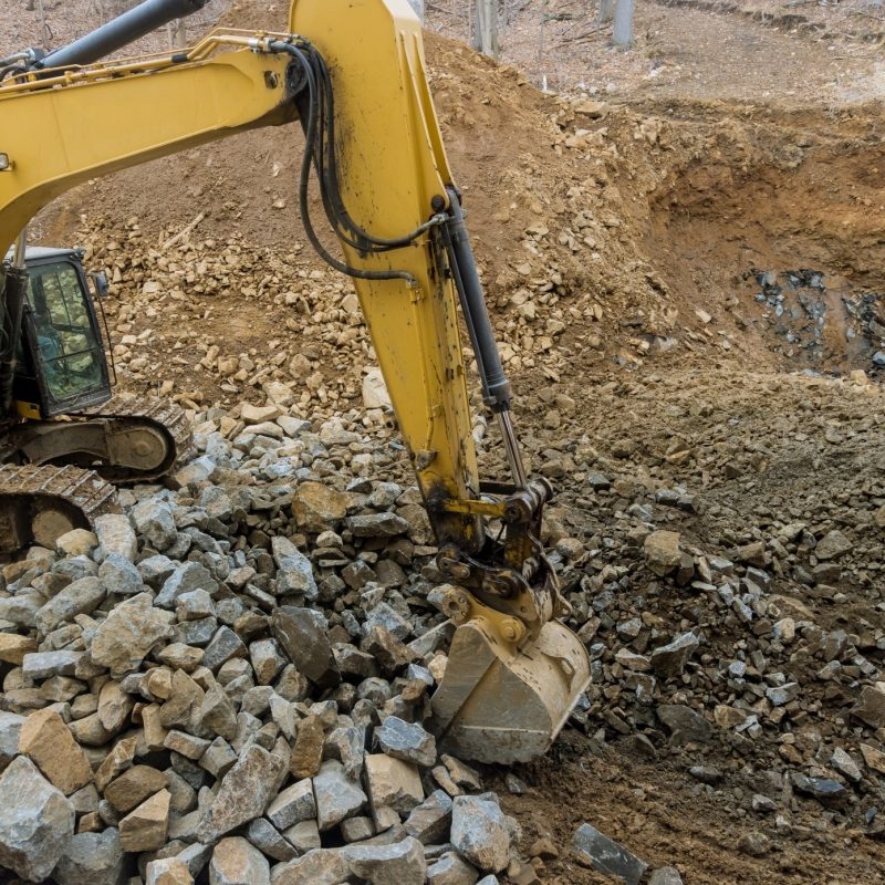 bucket-excavator-excavator-work-crawler-excavator-stone-extraction-hydraulic-excavator-dump-truck_t20_2W1rYK